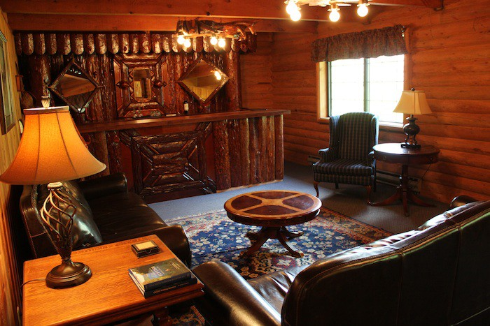 The great room at Robinson Lodge