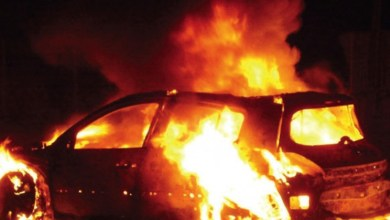 Δύο εμπρησμοί οχημάτων τα ξημερώματα σε Ασπρόπυργο και Μενίδι