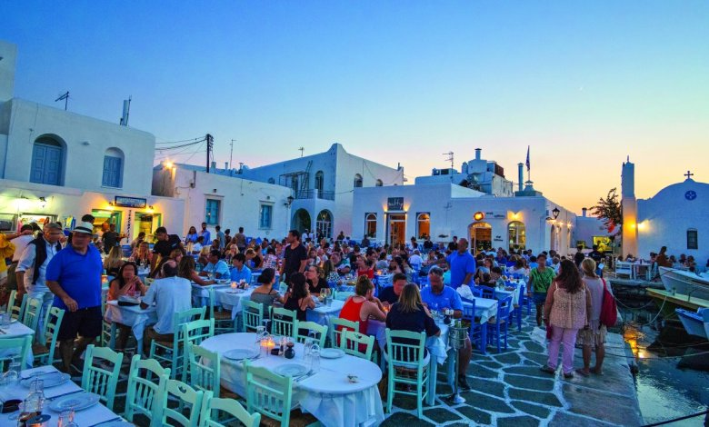 Photo of Κλείνουν μπαρ-εστιατόρια από τα μεσάνυχτα σε Μύκονο, Πάρο, Χαλκιδική και άλλες 7 περιοχές