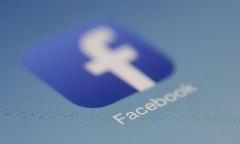 Facebook: Στοπ στις ψευδείς ειδήσεις για το εμβόλιο
