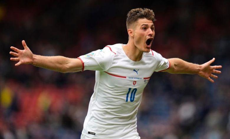 EURO 2020: Δείτε το απίστευτο γκολ του Σικ της Τσεχίας