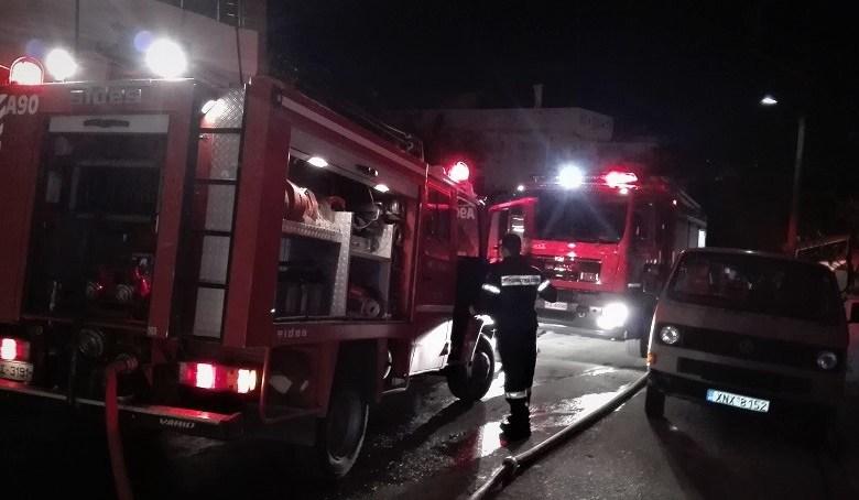 Πυρκαγιά σε εργοστάσιο ανακύκλωσης στα Άνω Λιόσια