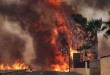 14 κλήσεις για εγκλωβισμένους, κάηκαν σπίτια στη Βαρυμπόμπη