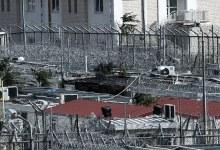 16 προσφυγόπουλα μεταφέρθηκαν από την Αμυγδαλέζα στην Ελευσίνα λόγω της φωτιάς