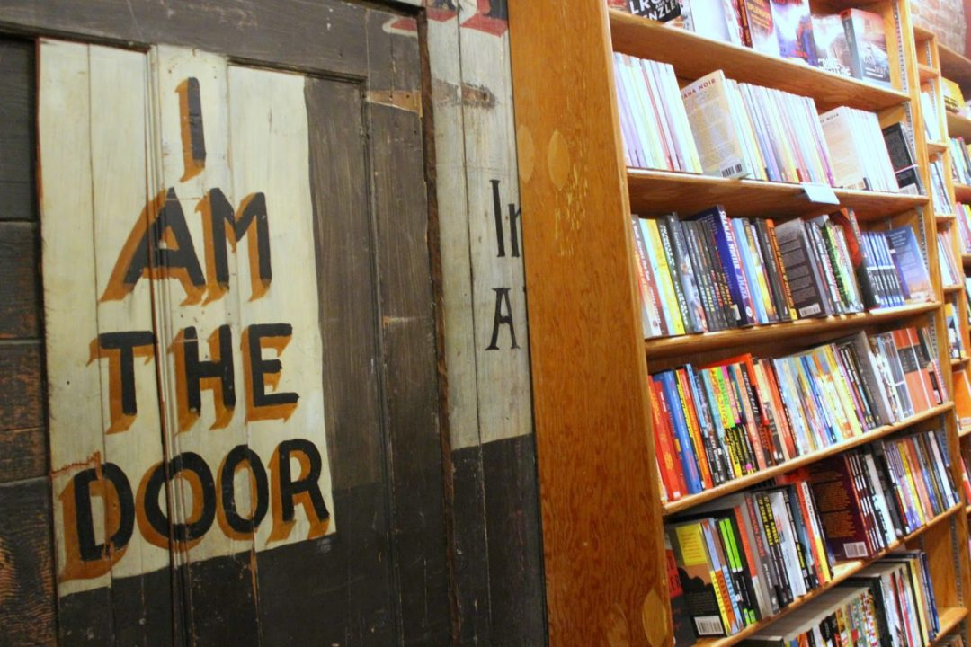 city -lights-bookstore-sign