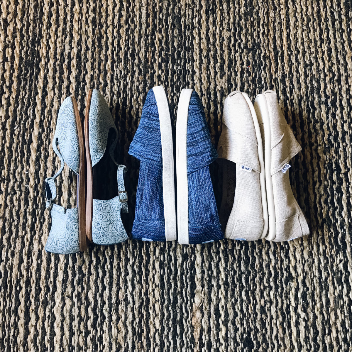 TOMS Warehouse Sale + Haul – Thrifts