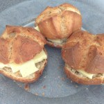 Cheapy bread rolls with cheese