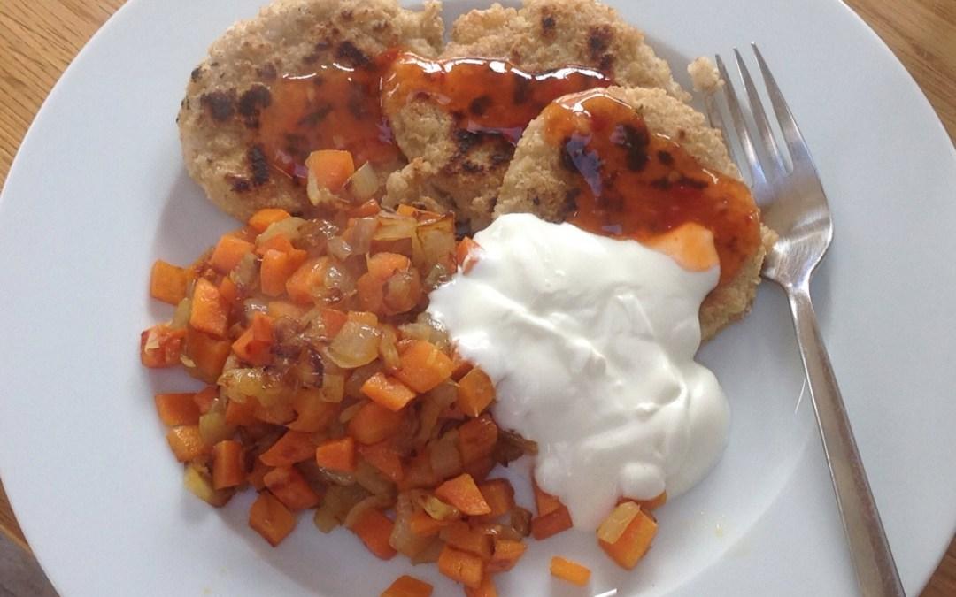 Meal plan 8 – Oaty fritters, veg, chilli & yogort