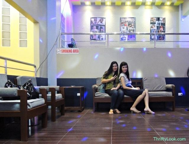 Life Star Family Karaoke's lobby
