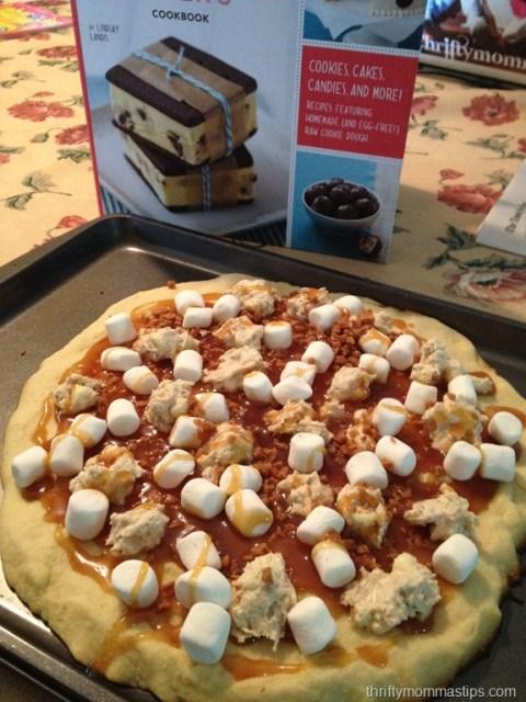 chocolate_caramel_pizza