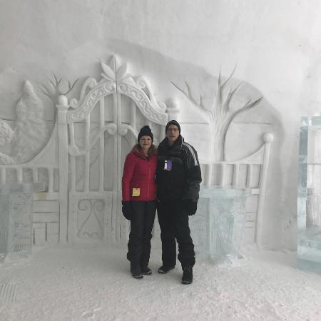 inside_hotel_de_glace