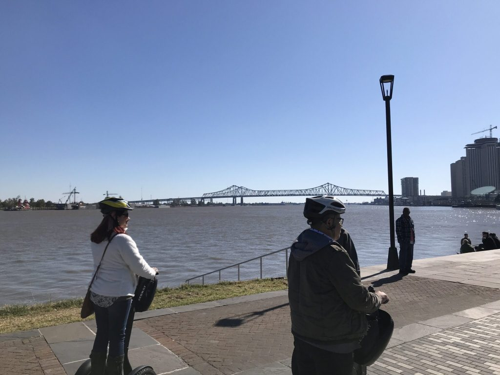 Segway tours New Orleans on the boulevard