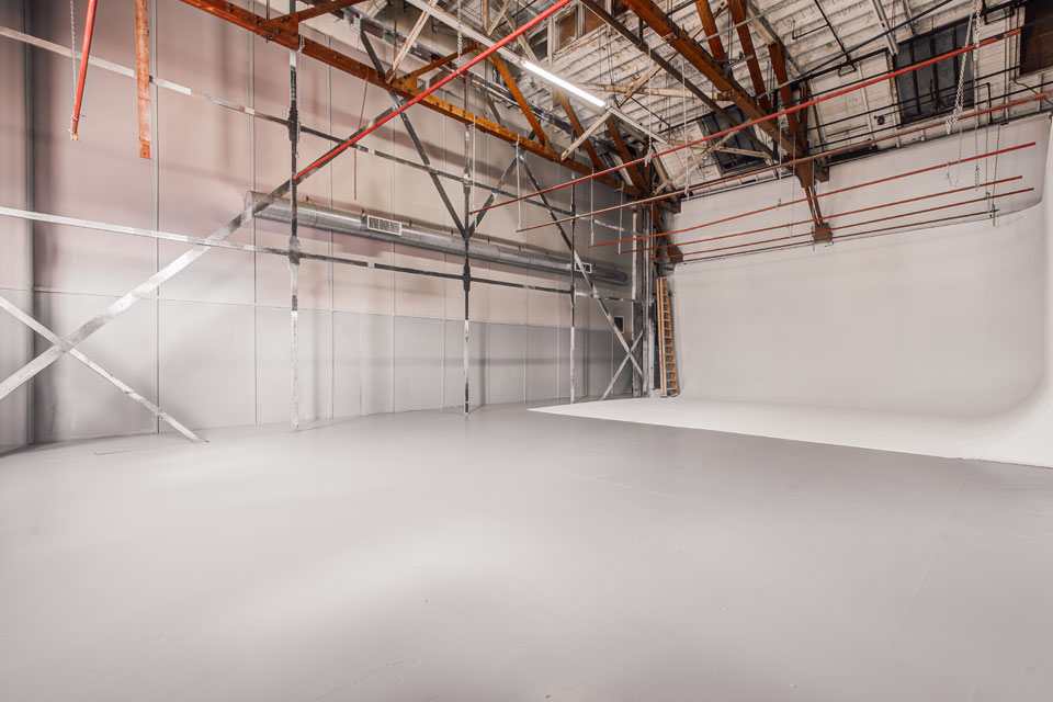 Sound Stages In Los Angeles - Max Bennett Studios