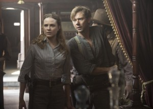 Photos: Evan Rachel Wood, Jimmi Simpson (Credit: John P. Johnson/HBO).