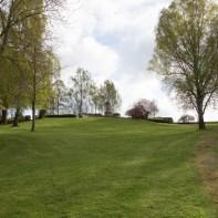 Kleiner Park am Denkmal