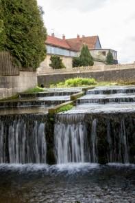 Wasserfall am Abzweig des ehemaligen Mühlengrabens