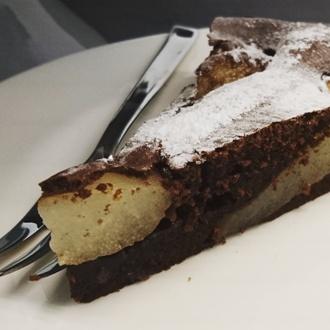 Chocoladetaart met peer