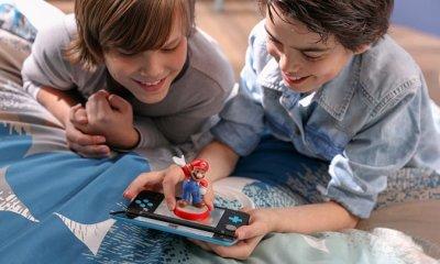 New Nintendo 2DS XL - Lifestyle shot