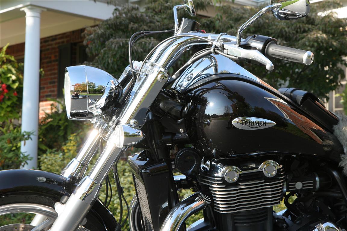 2010 Triumph Thunderbird Accessories