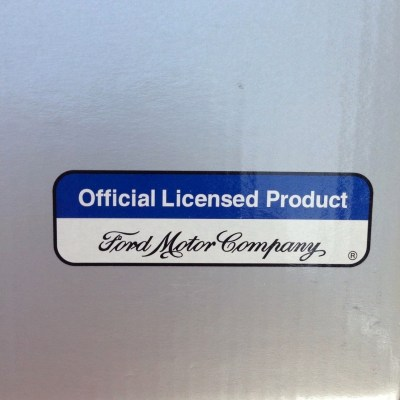 NM BOX showing Ford license label