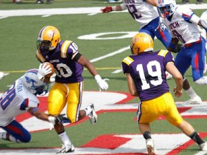 William French of Dodge City Community College verbally committed to the Jaguars for the 2015 class. | photo: speedzonerecruits.wix.com