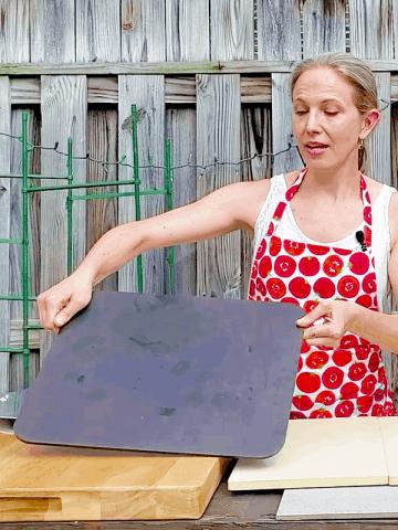 Choosing a Baking Stone or Baking Steel