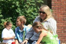 oregon trail days parade kids summer