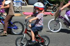 kids summer parade bike