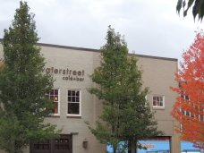 Waterstreet Cafe Fall downtown Olympia (10)