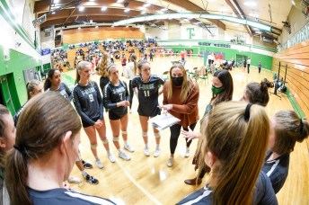 Black Hills Tumwater Volleyball 3910