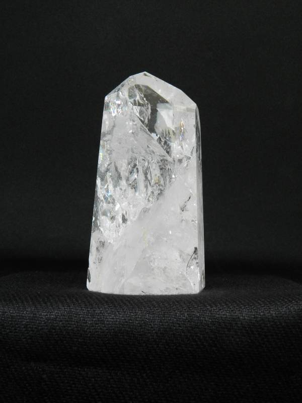 Side view of a standing Crackle Quartz