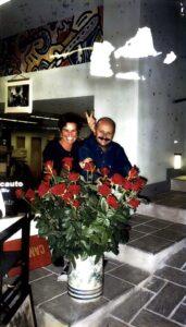 Carmela ed Augusto Masotti nel negozio di Largo San Giovanni