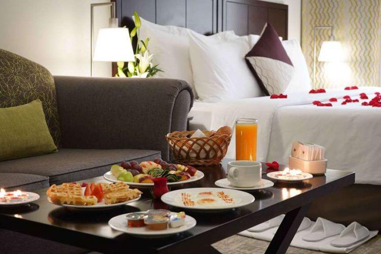 Arredare un soggiorno in stile classico contemporaneo è semplicissimo,. Hotel Dubai Savoy Crest Hotel Apartments Ticati Com