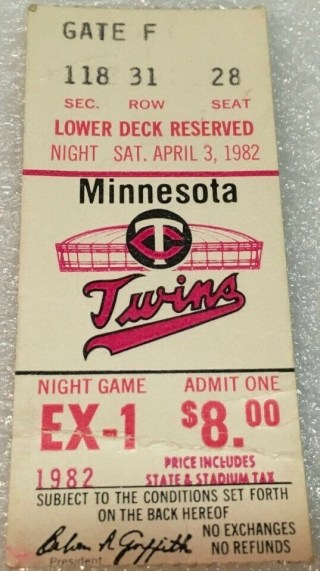 1982 Minnesota Twins ticket stub vs Phillies 13