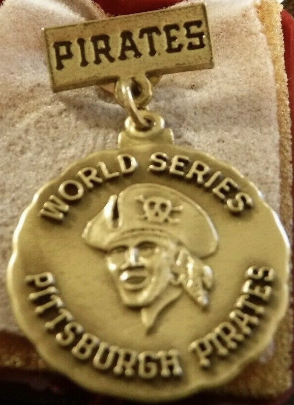 1979 World Series Pirates Press Pin
