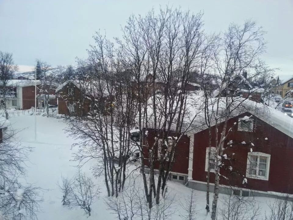 Kiruna: Looking out of the window from Hans' place at 8 am
