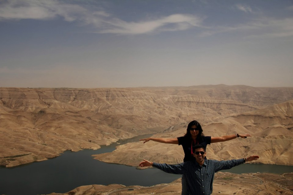 Jordan: Somewhere in Wadi Mujib - the cheesy Titanic pose!