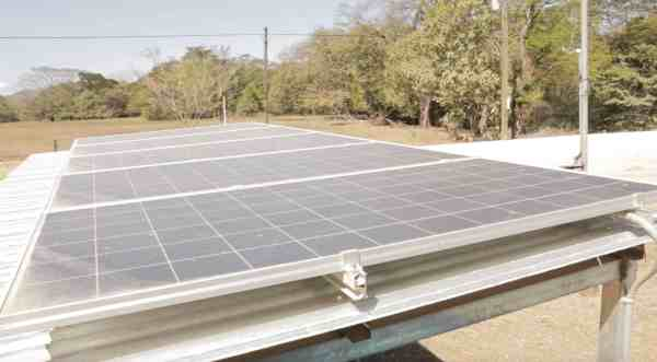 Rural communities use solar power to pump water in Costa ...