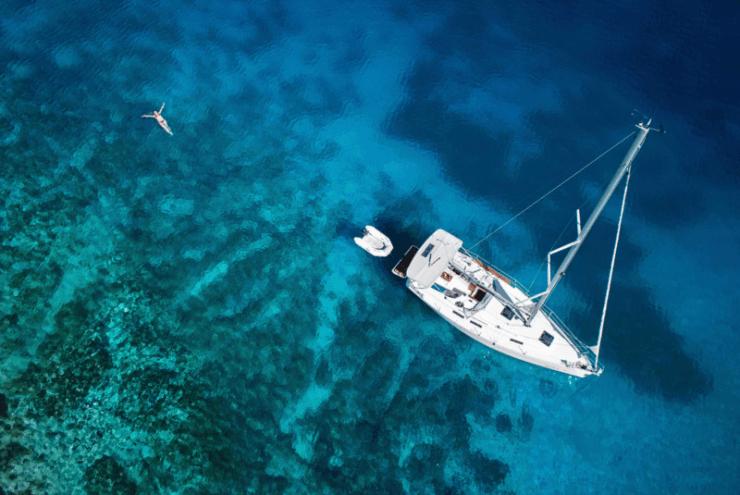 bateau mer eau turquoise clic&boat