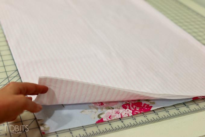 Reversible Pillow Case TIDBITS-6