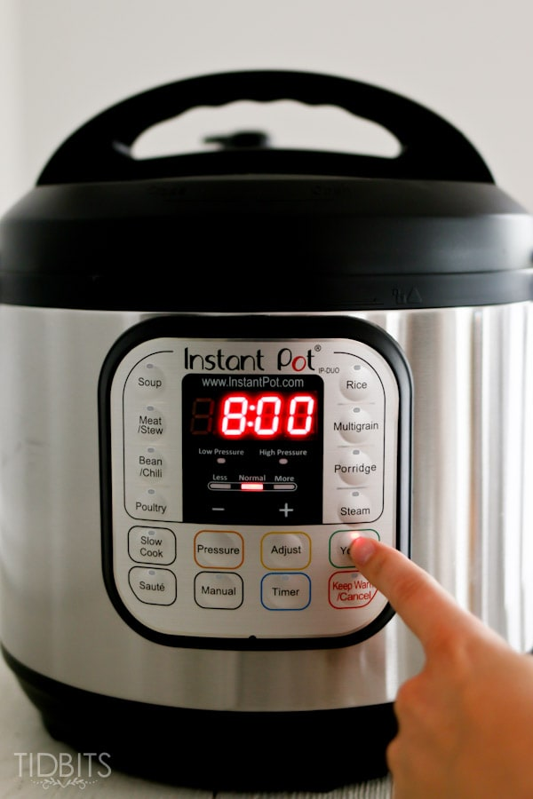 The easiest and yummiest way to make homemade yogurt - with the modern day pressure cooker.