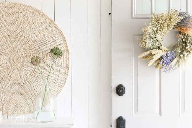 Simple and fuss free Summer living - Summer home tour with TIDBITS.