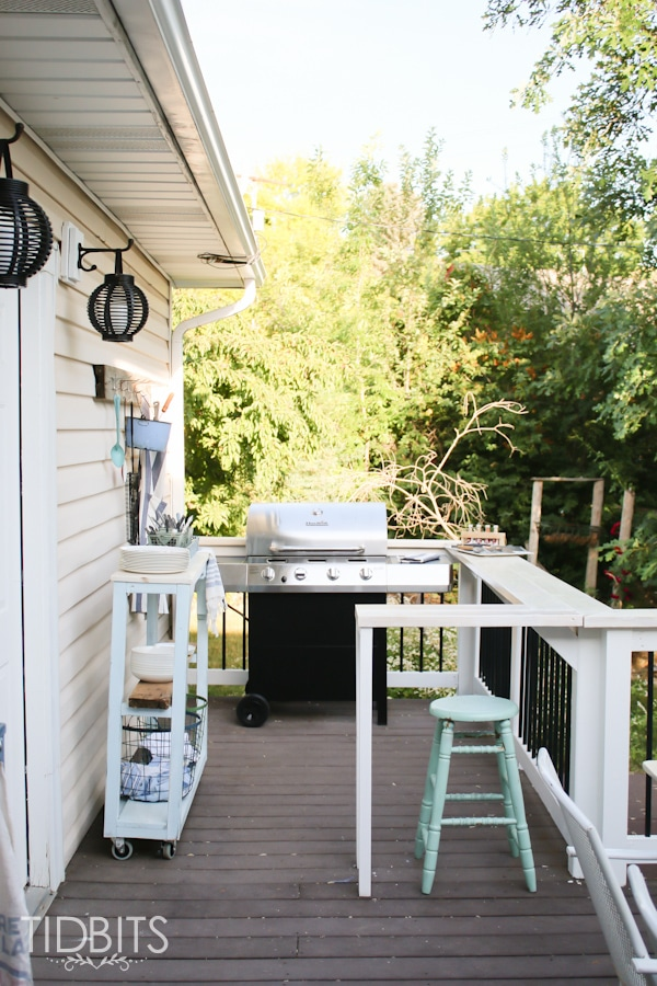 Outdoor grill area and serving station.  Deck makeover by TIDBITS.
