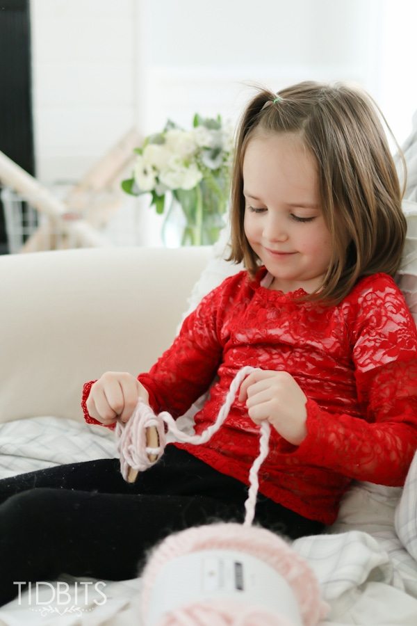 Valentine Yarn Hearts - a perfect craft for the whole family!