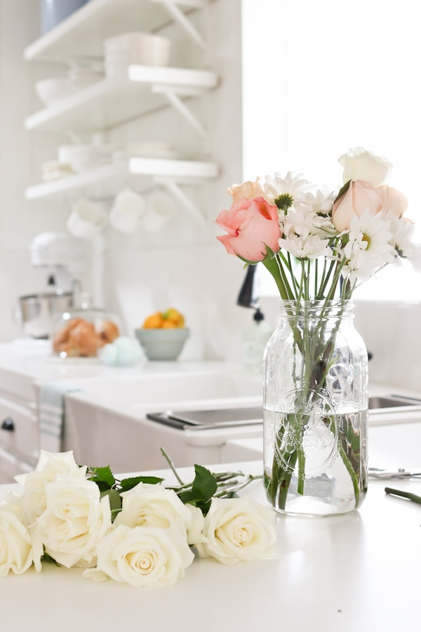 Spring home tour by TIDBITS, and 15 ways to delight your family with the coming of Spring.