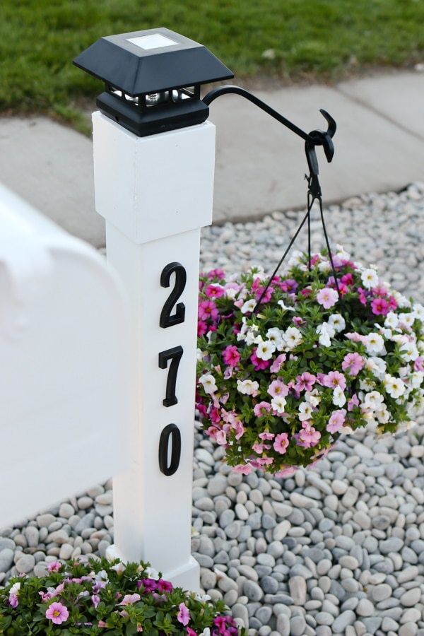 Upgrade your curb appeal by giving your mailbox a makeover! Step by step instructions for this cottage style customized mailbox and address post.
