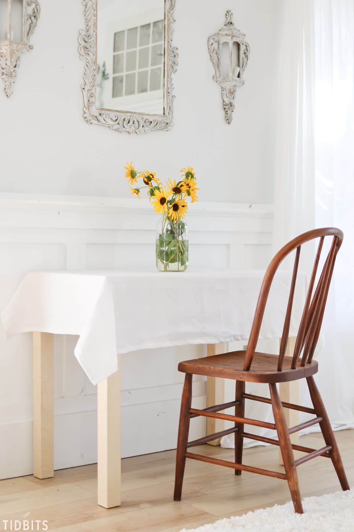 Simple Sunflower Fall Tablescape | Delight your loved ones with seasonal simplicity.