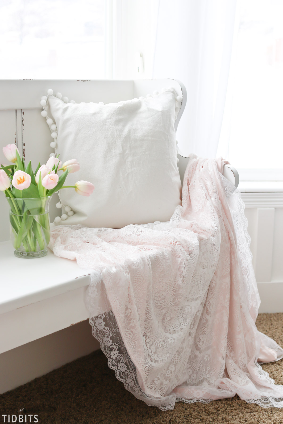 DIY Valentines Lace Throw Blanket - romantic luxury at its best!