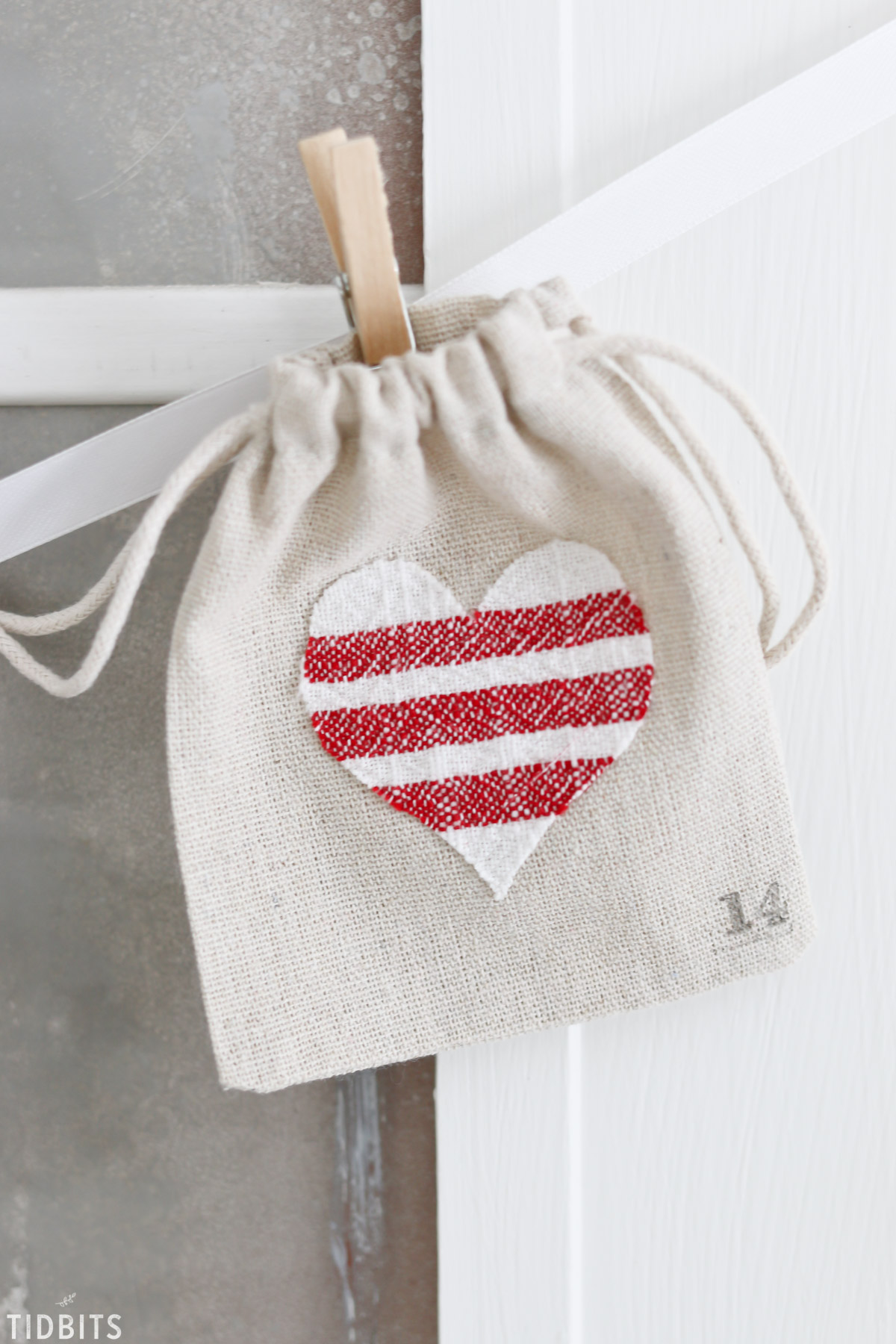 Valentines Day Countdown Bags and Printables, by TIDBITS