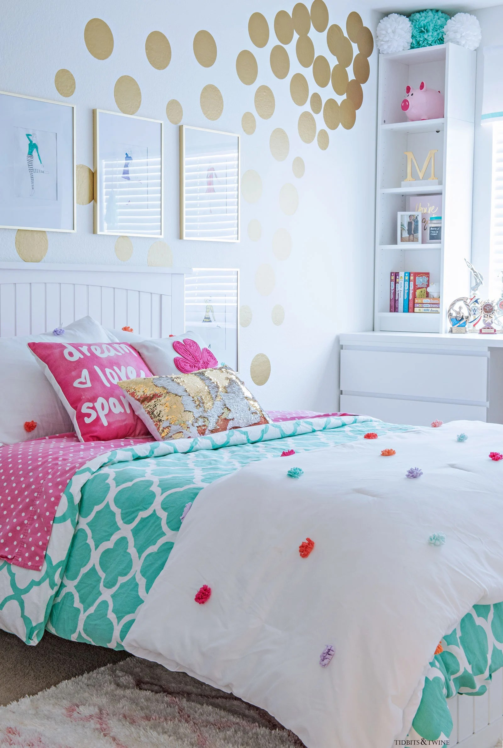 Tween Girl's Bedroom Makeover - REVEAL - TIDBITS&TWINE on Beautiful:9Ekmjwucuyu= Girls Room Decoration  id=60872